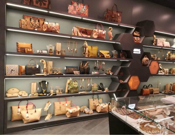专业设计、生产商业店铺的家私 联系电话,服饰鞋包,水果蔬菜,专业设计,百货店 第14张图片