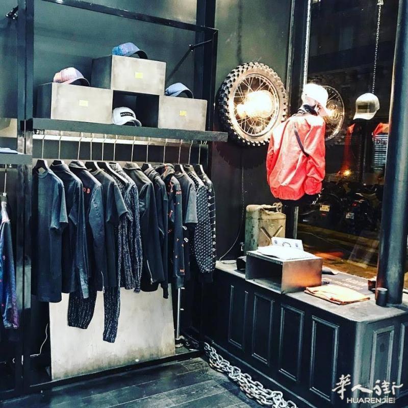 巴黎9区近老佛爷41平好店转让 其他行业,代理中介,服饰鞋包,店铺转让,地理位置 第10张图片