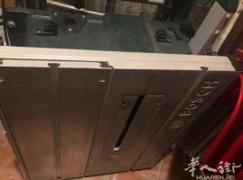 小方凳、割木机、小冰箱、双人床、落地镜