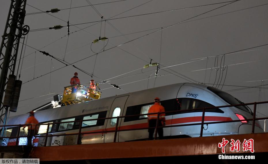 德国汉堡高铁供电线路故障 百余乘客被疏散图片 59744 930x569